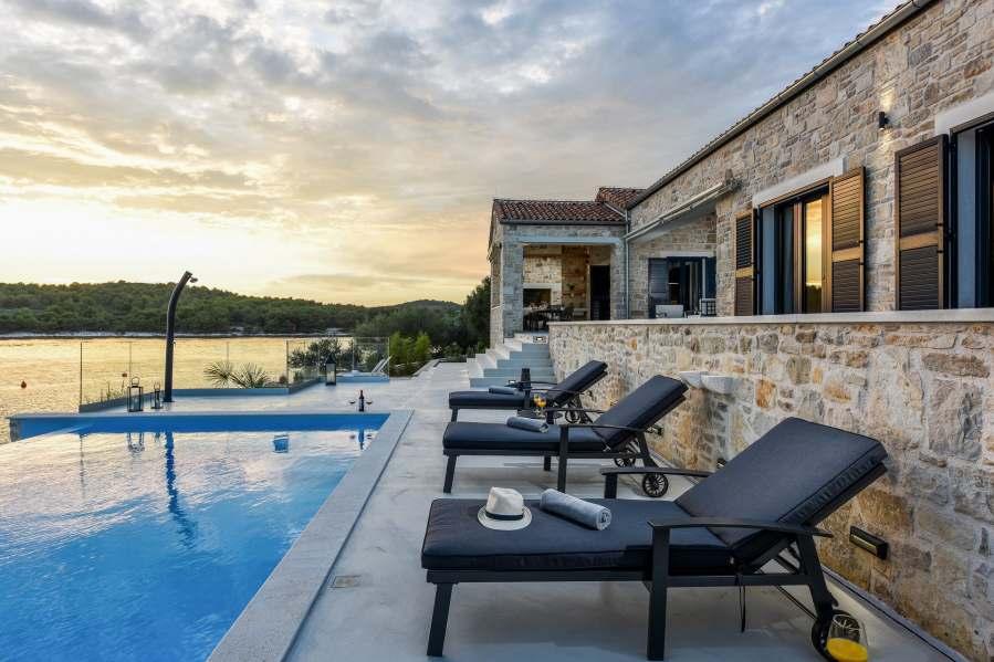Villa Proversa