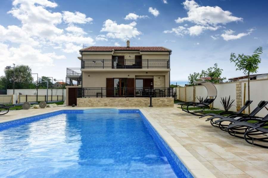 Villa Tona