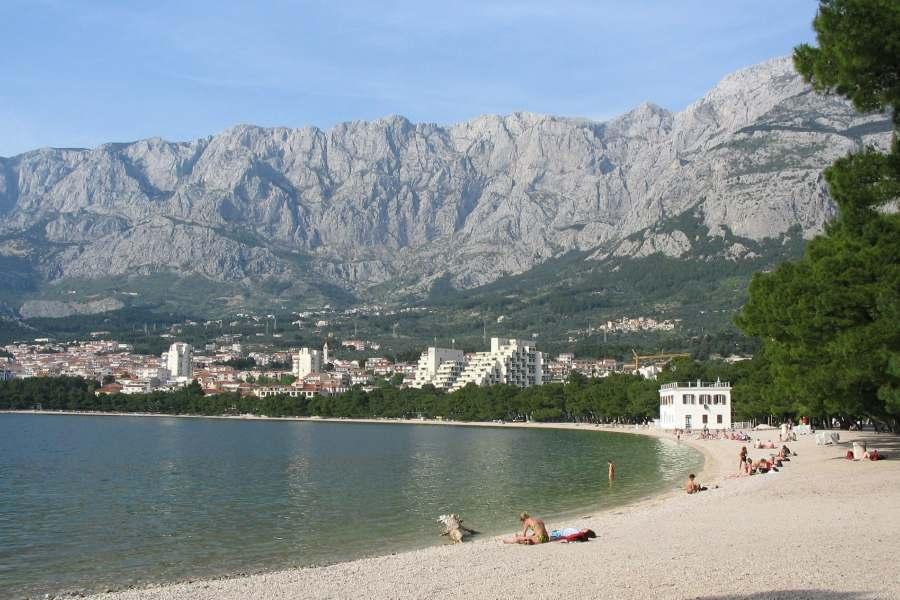 Makarska, rivijera s plažama, vilama i... stripovima