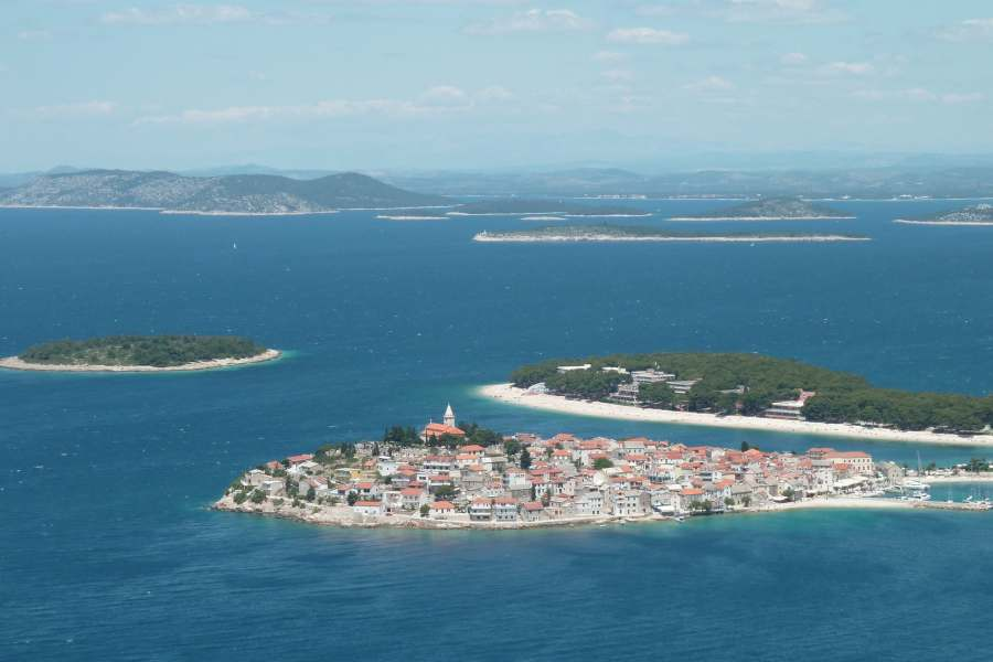 Primošten, mjesto gdje se odlično ljetuje u Hrvatskoj