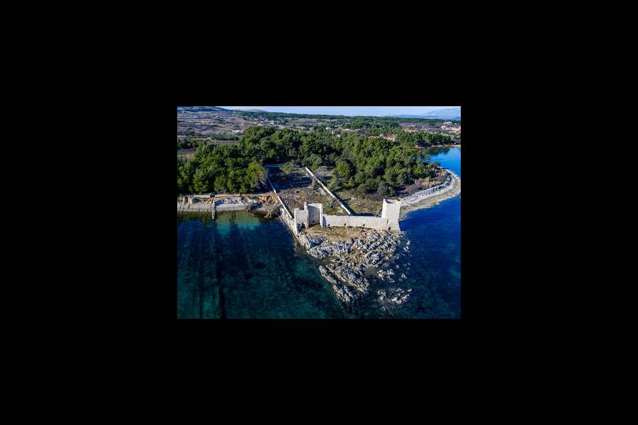 Luxury accommodation on the island Vir