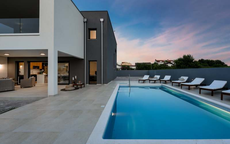 What distinguishes one villa from another? The luxury!