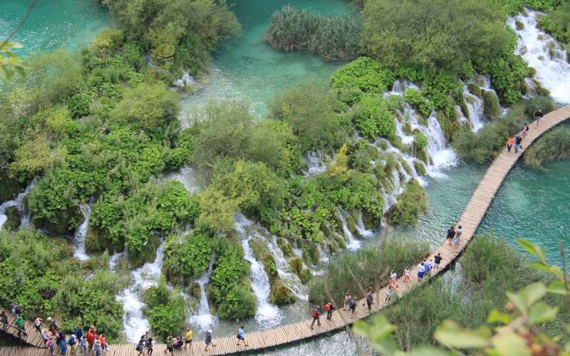 There is no place on this Earth like Plitvice Lakes