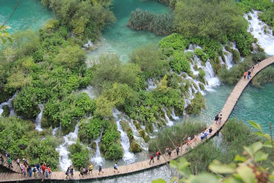 Na ovoj Zemlji ne postoji mjesto poput Plitvičkih jezera