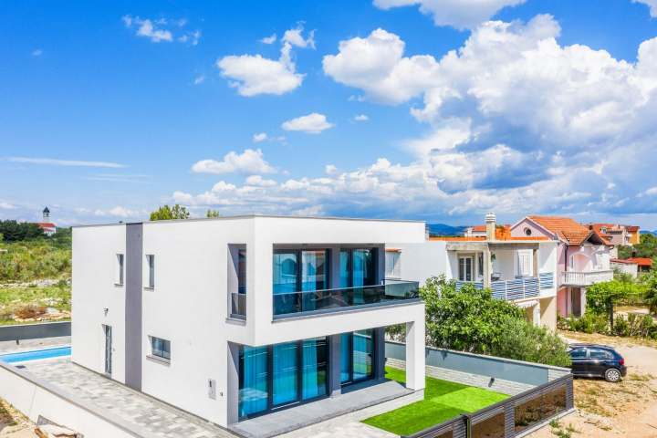 Villa Ixora