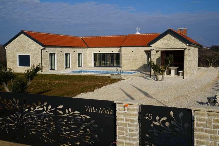 Villa Mala