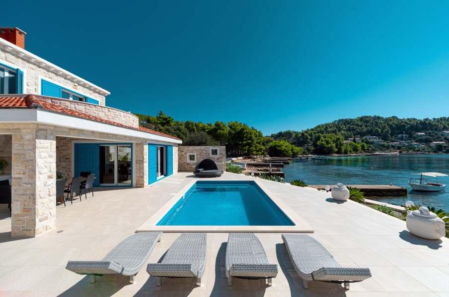 Villa Azzuro