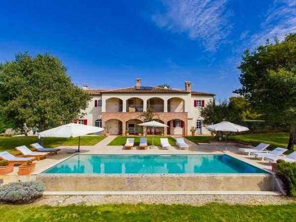 Villa Hacienda