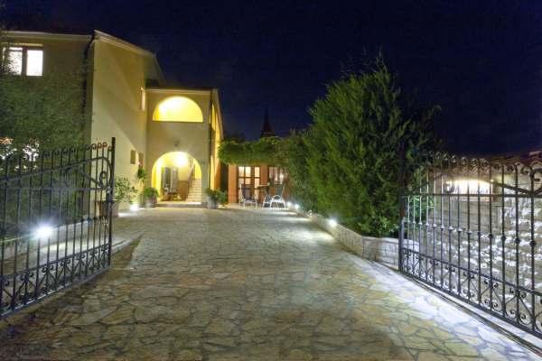Villa Luces