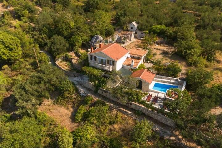 Villa Keti