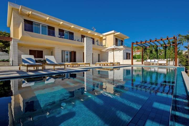 Villa Harmony 2